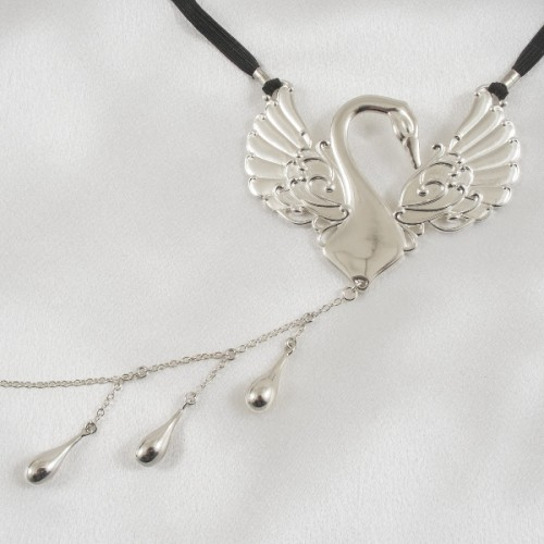 Sterling Silver Caressing Swan Triple Teardrop Dangler G-String