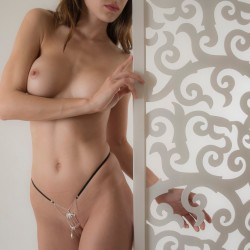Bird Cage Silver G-String with Pleasure Pendant